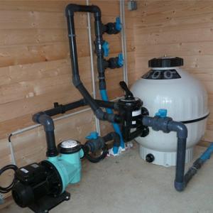 Travaux d 39 entretien et maintenance pour piscine nettoyage for Fourniture pour piscine
